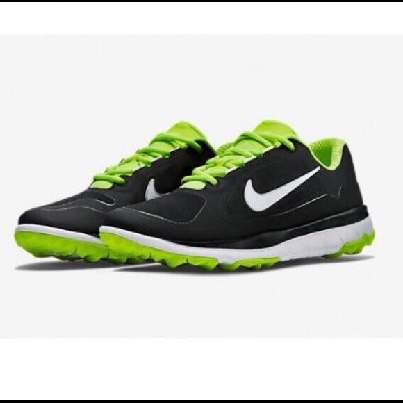86cf50020c8d Men s 10 Nike Fi Impact Golf shoes. M 5bd3aee49519968bddbb9f49
